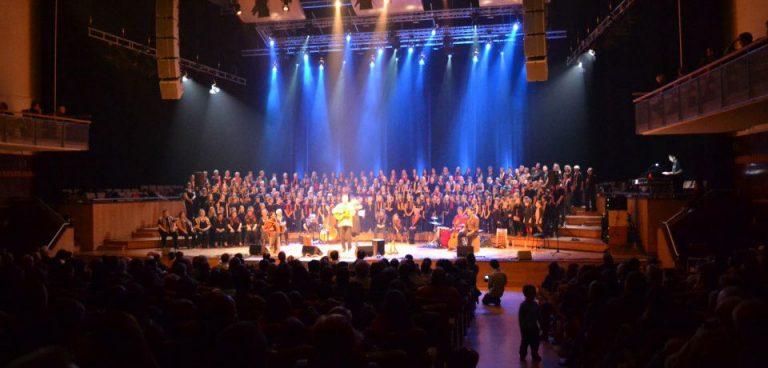 Spectacle de Raphy Rafaël, Zahori en plein choeur en Belgique